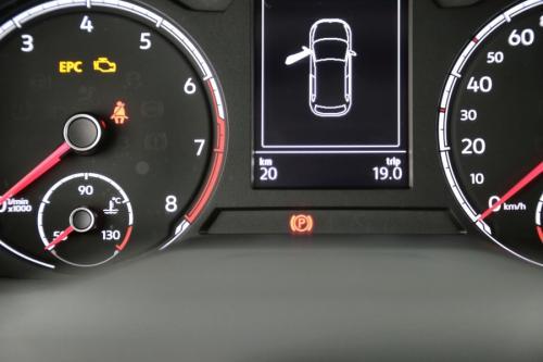 VOLKSWAGEN Polo COMFORTLINE 1.0i + CLIMATIC + RADIO 6.5