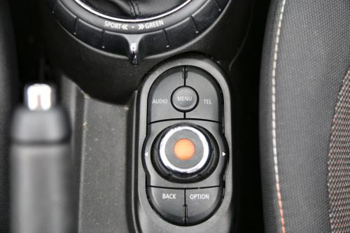 MINI Cooper D Cabrio PEPPER + CRUISE + PDC + LED + ALU 16