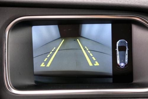 VOLVO V40 R-DESIGN 2.0 D4 + LEDER + GPS + AIRCO + CAMERA + ALU 18