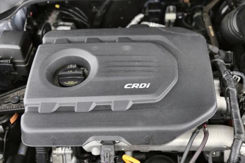 HYUNDAI i20 BLACKLINE 1.1 CRDI + GPS + AIRCO + CRUISE + ALU 16