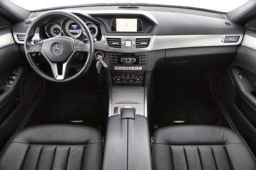 MERCEDES-BENZ E 200 BREAK AVANTGARDE BLUETEC + A/T +LEDER + GPS