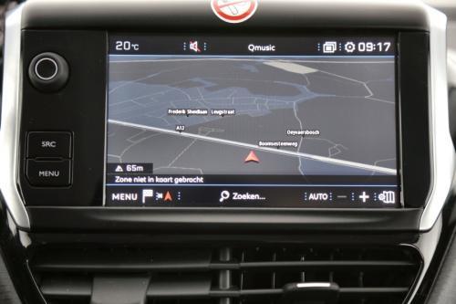 PEUGEOT 208 STYLE 1.2I + GPS + AIRCO + PDC + ALU 16