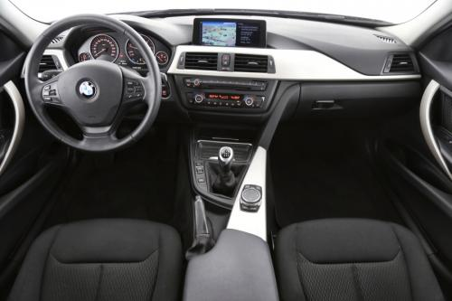 BMW 318 D TOURING + GPS + AIRCO + CRUISE + PDC + TREKHAAK + ALU 16