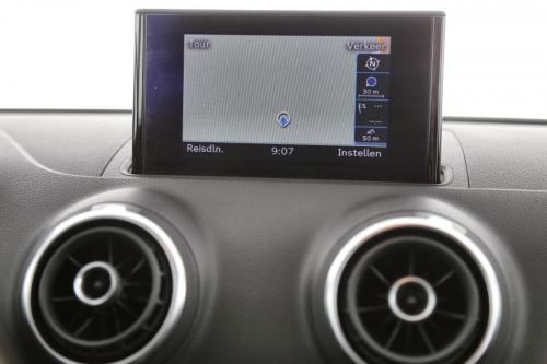 AUDI A3 LIMOUSINE 1.6 TDI + GPS + AIRCO + PDC + ALU 16