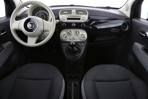 FIAT 500 POP 1.2 BENZINE + AIRCO + RADIO / CD