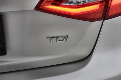 AUDI A4 AVANT 2.0 TDI S-TRONIC + LEDER + GPS + PDC + ALU 16 + XENON