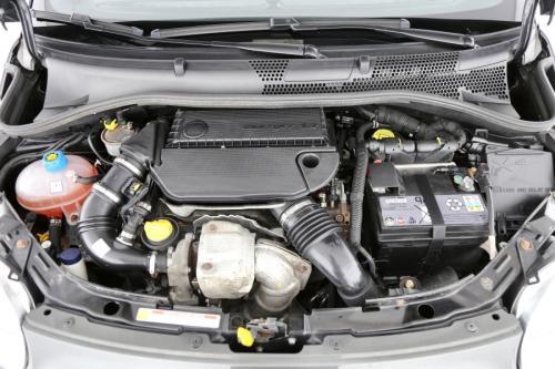FIAT 500 SPORT 1.3 MULTIJET + GPS + LEDER + AIRCO + PDC + ALU 16