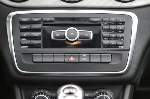 MERCEDES-BENZ CLA 180 URBAN CDI + LEDER +GPS + PANO DAK +CAMERA