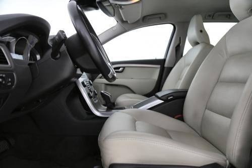VOLVO V70 POLAR LUXURY  2.0 D4 + A/T+ GPS + LEDER + CRUISE + PDC