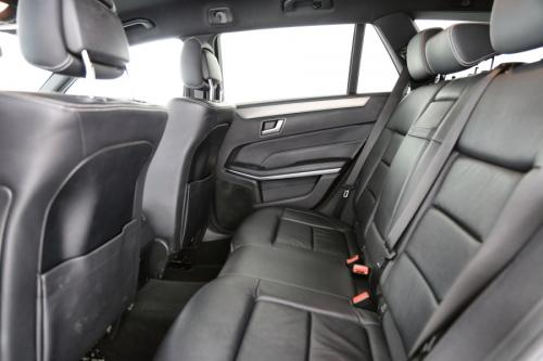 MERCEDES-BENZ E 220 BREAK CDI + A/T + AMG SPORTPACK + LEDER + GPS + PDC + TREKHAAK