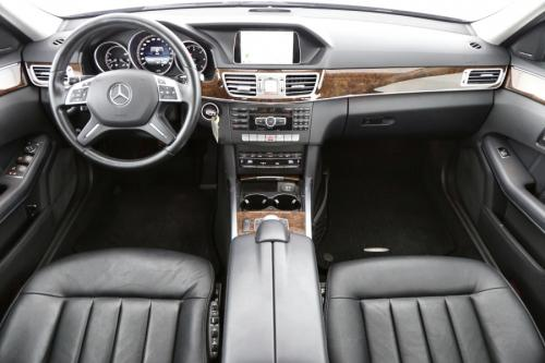 MERCEDES-BENZ E 220 BREAK CDI + A/T + LEDER + GPS + CRUISE + PDC