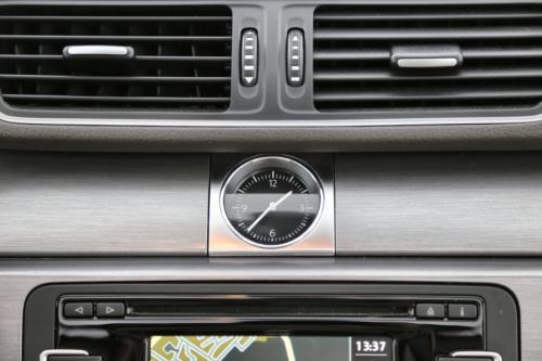 VOLKSWAGEN Passat Variant 1.6 TDI BMT DSG + GPS + LEDER + PDC