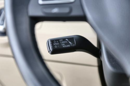 VOLKSWAGEN Passat Variant  BMT 1.6 TDI + A/T+ GPS + LEDER + PDC