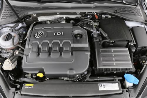 VOLKSWAGEN Golf Trendline - 1.6 CR TDI 110 PK + GPS +  Adaptive Cruise +  PDC +  Automatic Airconditioning