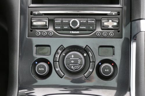 PEUGEOT 3008 FELINE 1.6 HDI + LEDER + GPS + CRUISE + PANO DAK + PDC