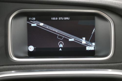 VOLVO V40 CROSS COUNTRY KINETIC 1.6 D2 + GPS + CRUISE + PDC + LED