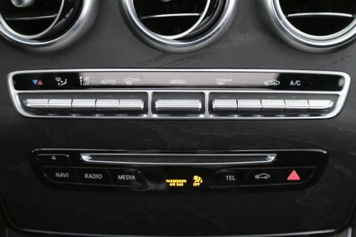 MERCEDES-BENZ C 180 AVANTGARDE 1.6D AMG LINE +LEDER+PANO DAK