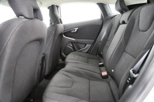 VOLVO V40 CROSS COUNTRY KINETIC 1.6 D2 + GPS + AIRCO + CRUISE + PDC