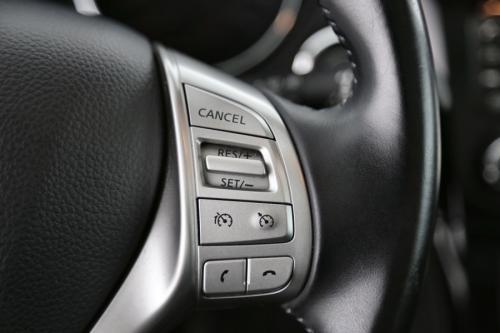 NISSAN Qashqai TEKNA 1.5 DCI +LEDER +GPS +PANO DAK +CAMERA +PDC