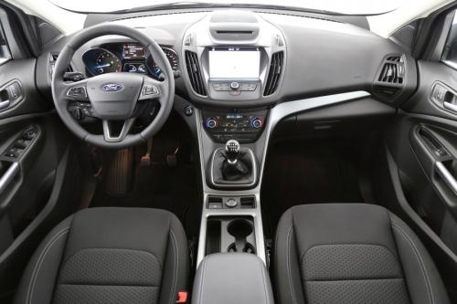 FORD Kuga BUSINESS 1.5 ECOBOOST + GPS + CRUISE + PDC + ALU 17