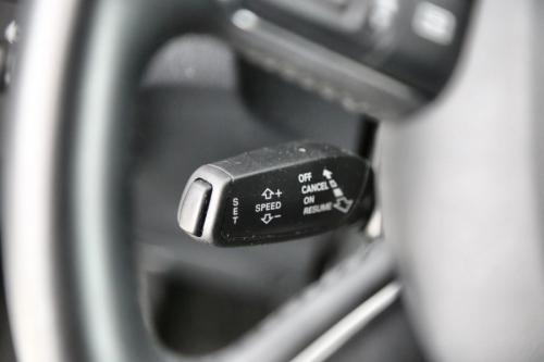 AUDI Q3 1.4 TFSI + GPS + AIRCO + CRUISE + PDC + ALU 17