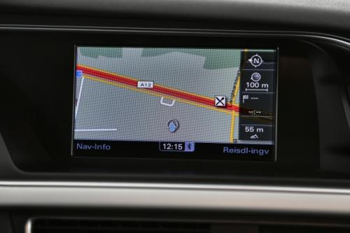 AUDI A4 2.0 TDI + GPS + AUTOMAAT + CRUISE + PDC + ALU 16
