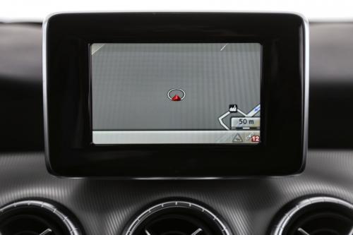 MERCEDES-BENZ CLA 180 URBAN CDI + GPS + LEDER + AIRCO + ALU 18