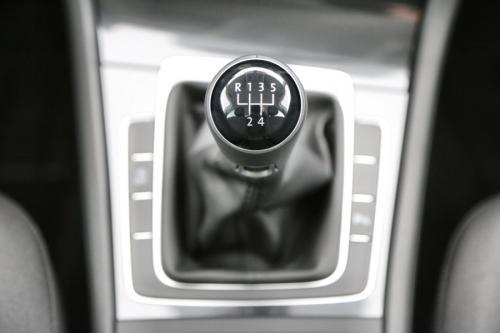 VOLKSWAGEN Golf VII FACELIFT 1.0 TSI + AIRCO + ALU VELG + VERDONKERDE RUITEN