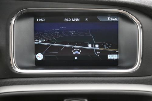VOLVO V40 KINETIC 2.0 D2 + GPS + AIRCO + CRUISE + PDC + ALU 16