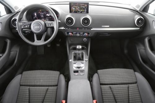 AUDI A3 LIMOUSINE SPORT 1.6 TDI + GPS + CRUISE + PDC + XENON