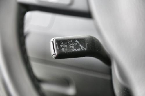 VOLKSWAGEN Passat 1.6 TDI COMFORTLINE BMT + GPS + LEDER + ALU 16