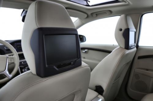 VOLVO V70 SUMMUM 2.0 D4 + GPS + LEDER + CRUISE + PDC  + XENON