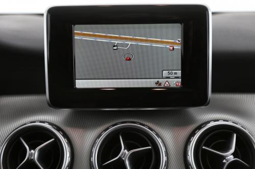 MERCEDES-BENZ GLA 200 URBAN CDI + GPS + PDC + ALU 18 + XENON