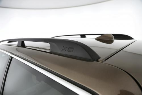 VOLVO XC70 SUMMUM 2.0D4 + A/T + GPS + LEDER + CRUISE + ALU 18