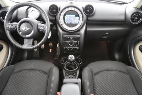 MINI Cooper SD Countryman 2.0 d + GPS + CRUISE + PDC + PANO DAK