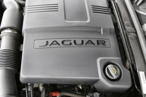 JAGUAR XF 2.2D + GPS + LEDER + XENON + CAMERA + PDC