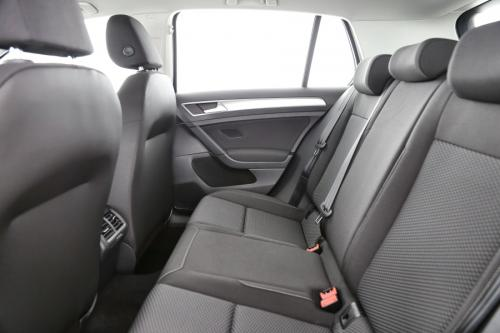 VOLKSWAGEN Golf 1.0 TSI TRENDLINE + GPS VIA APP CONNECT + AIRCO AUTO + PDC