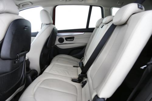 BMW 220 dA GRAN TOURER xDRIVE + GPS + LEDER + PDC + PANO DAK