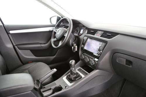 SKODA Octavia COMBI GREENTEC 1.6 TDI + GPS + CRUISE + PDC + CAMERA