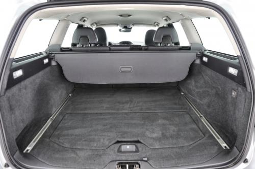 VOLVO V70 1.6D2 POLAR LUXURY + A/T + GPS +CRUISE + PDC + RTEKHAAK