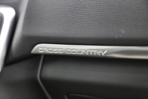 VOLVO V40 CROSS COUNTRY SUMMUM 1.6D2 + GPS +LEDER +CAMERA +PDC