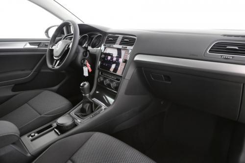 VOLKSWAGEN Golf 1.0 TSI TRENDLINE + GPS VIA APP CONNECT + AIRCO AUTO + PDC