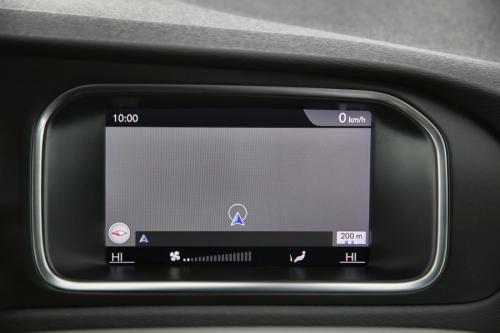 VOLVO V40 2.0 D2 + GPS + PDC