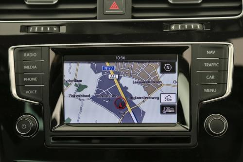 VOLKSWAGEN Golf Variant HIGHLINE BMT 1.6 TDI + GPS +CRUISE + PANO DAK + PDC + ALU 16