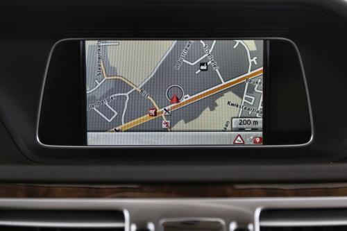 MERCEDES-BENZ E 200 BREAK CDI ELEGANCE + GPS + LEDER + AIRCO + PDC + ALU 17