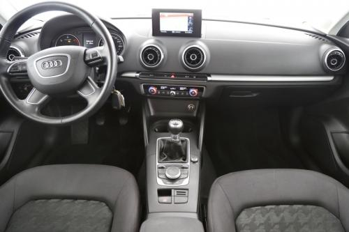 AUDI A3 SPORTBACK ATTRACTION 1.6 TDI + GPS + AIRCO + PDC + ALU 16
