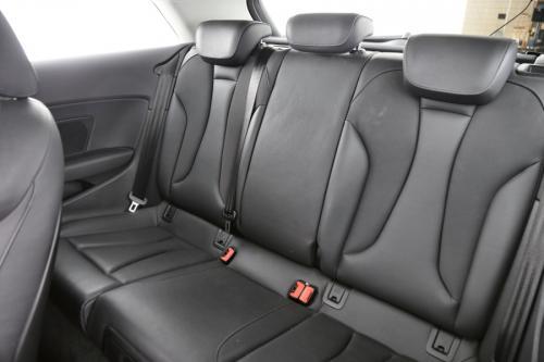 AUDI A3 1.6 TDI AMBITION + GPS + LEDER + AIRCO + PDC + XENON + ALU 17