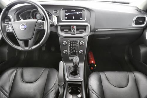 VOLVO V40 1.6D2 + GPS + LEDER + AIRCO + CRUISE + PDC + ALU