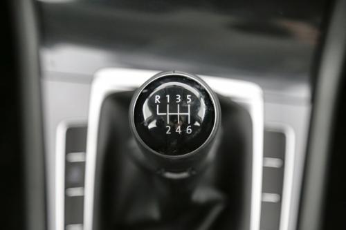 VOLKSWAGEN Golf 1.0 TSI TRENDLINE + GPS VIA APP-CONNECT + AIRCO