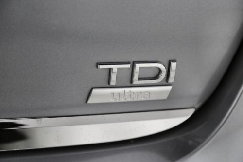 AUDI A6 AVANT 2.0 TDI ULTRA S-LINE + GPS + LEDER + XENON +  PDC